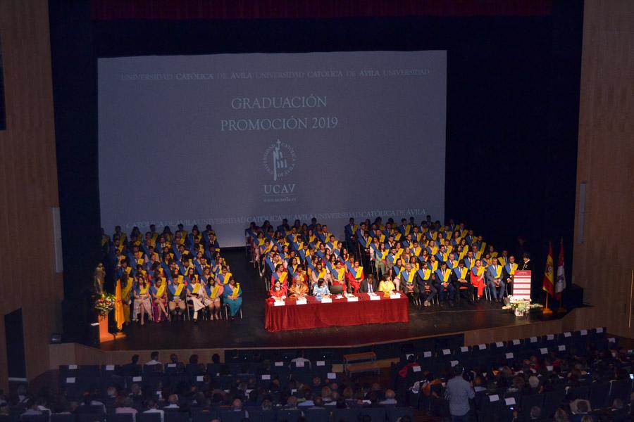 La UCAV celebra su acto de Graduación más multitudinario