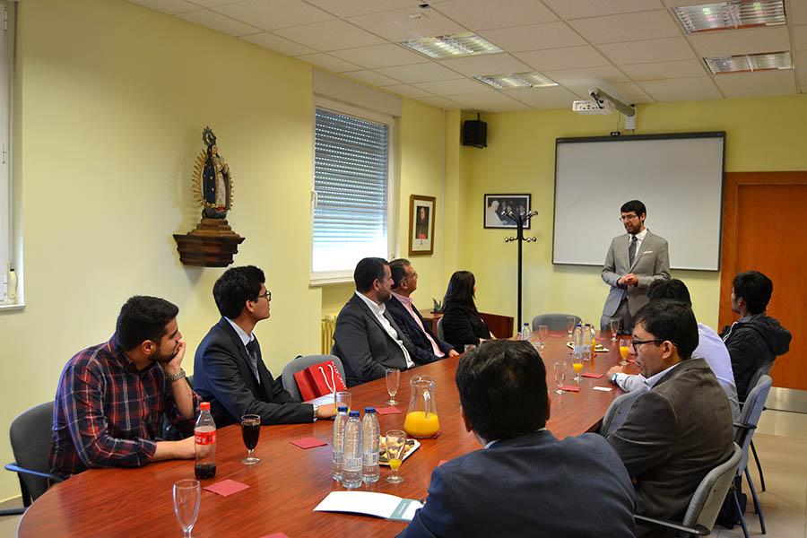 Representantes de la Universidad S. Pablo de Arequipa visitan la UCAV