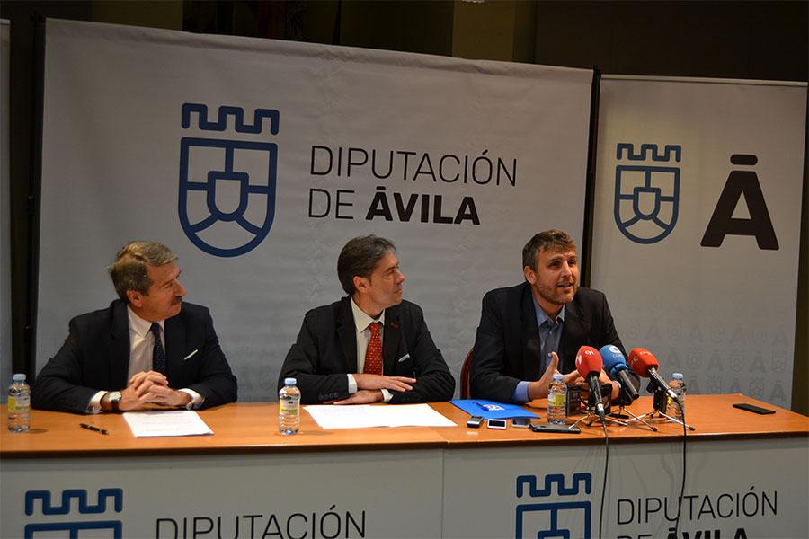 La UCAV convoca ayudas para estudiantes de la provincia en colaboración con la Diputación de Ávila y CONFAE