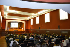 La UCAV ha acogido la conferencia 'New Age y Espiritualidades Naturalistas'