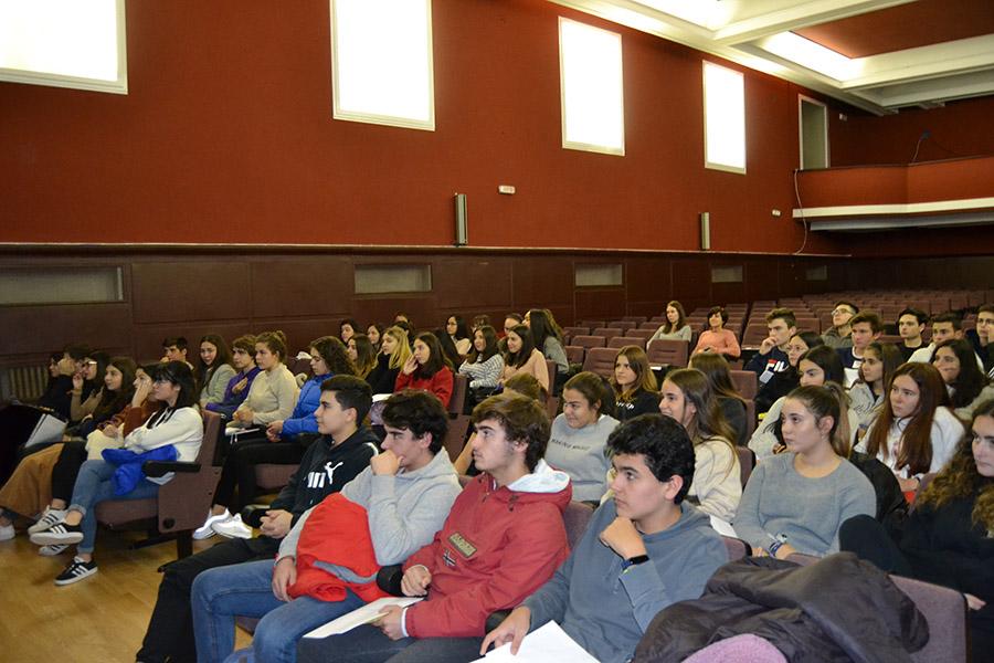 El 65% de los alumnos de 1º Bachillerato de La Milagrosa-Las Nieves participan en el Bachillerato de Excelencia de la UCAV
