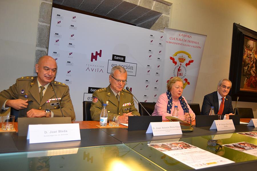 La Cátedra de Cultura de Defensa de la UCAV homenajeará a héroes olvidados de las armas abulenses