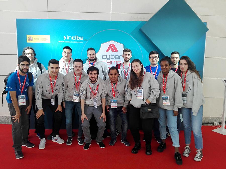 Los alumnos del Grado en Ingeniería de Sistemas de Información de la UCAV comprueban sus habilidades en ciberseguridad en CyberCamp
