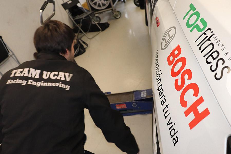 El equipo Ucav Racing Engineering logra un segundo puesto en el Trofeo de Navidad organizado por el RACE