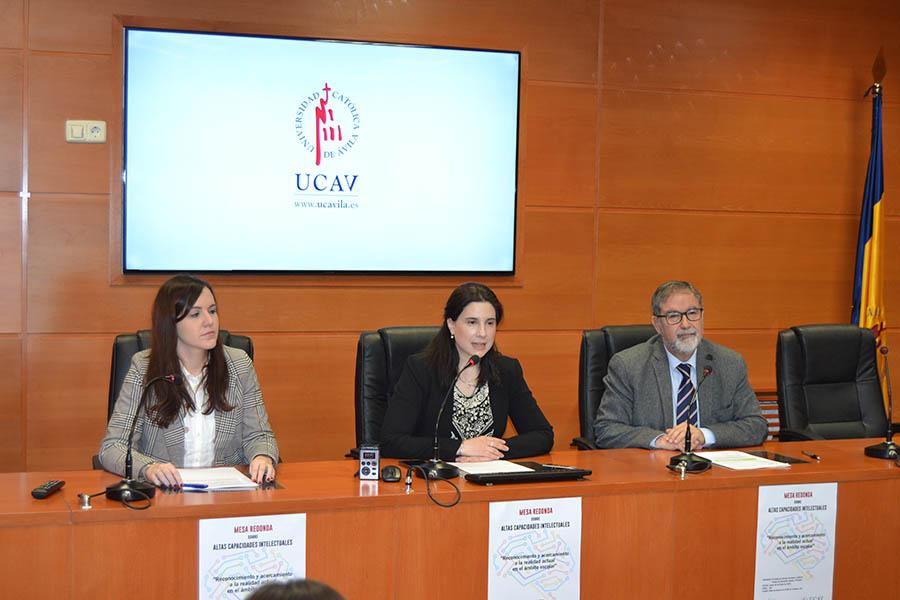 """La UCAV organiza una mesa redonda sobre Altas Capacidades bajo el título """"Reconocimiento y acercamiento a la realidad actual en el ámbito escolar"""""""