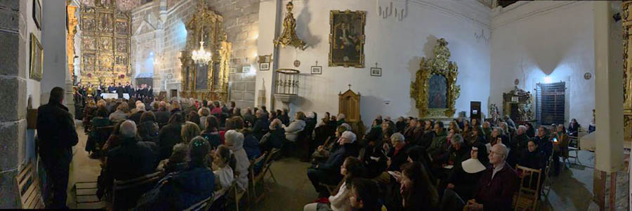 El concierto del coro universitario Plymouth State University logra llenar el Convento Nuestra Señora de Gracia