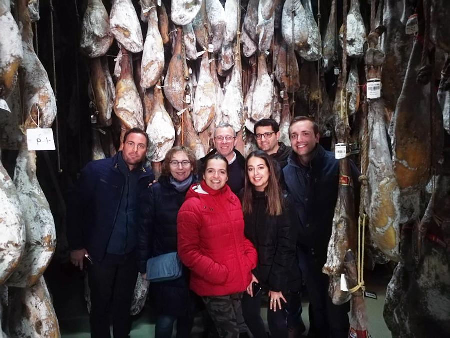 Alumnos de la UCAV viajan a Extremadura para conocer el sector agroalimentario
