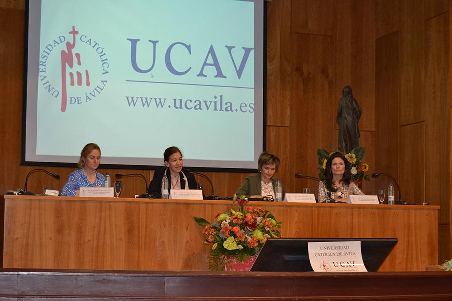 El liderazgo femenino, a debate en la UCAV