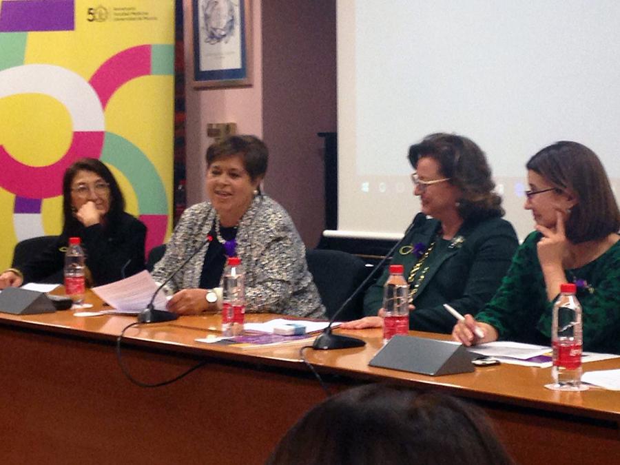 La UCAV participa en el 50 Aniversario de la mujer en la Facultad de Medicina de la Universidad de Murcia