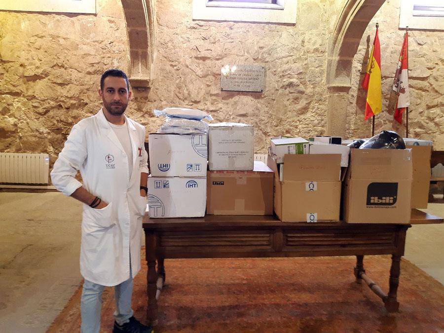 La Universidad Católica de Ávila dona material sanitario para hacer frente al coronavirus