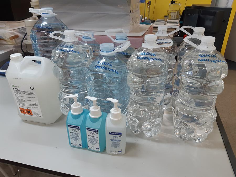 La UCAV dona 60 litros de gel desinfectante y cede un respirador al Hospital Nuestra Señora de Sonsoles