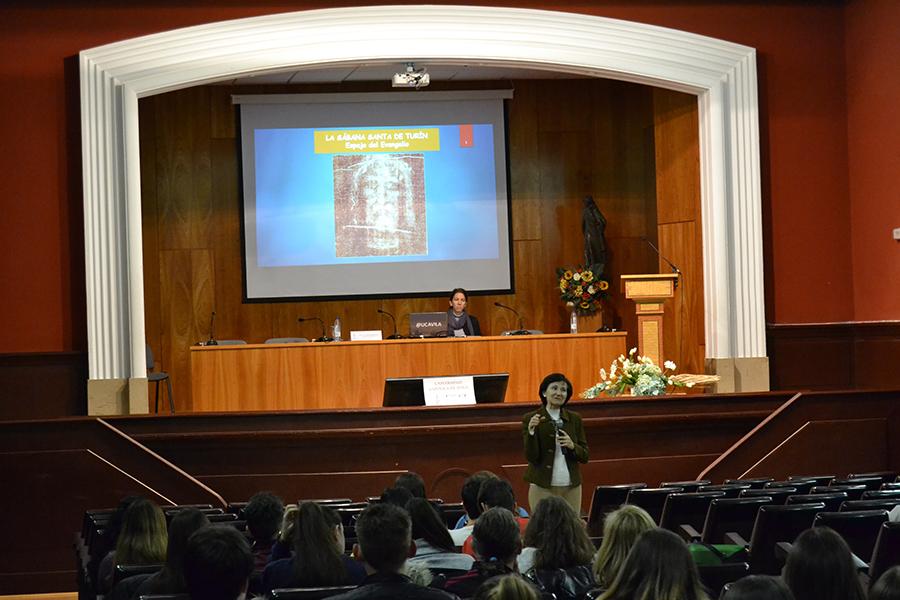 La UCAV acoge una conferencia sobre la Sábana Santa