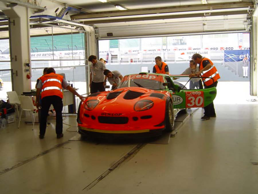 Los alumnos del Grado en Mecánica de la UCAV podrán ejercer como Comisarios Técnicos en las competiciones de automovilismo