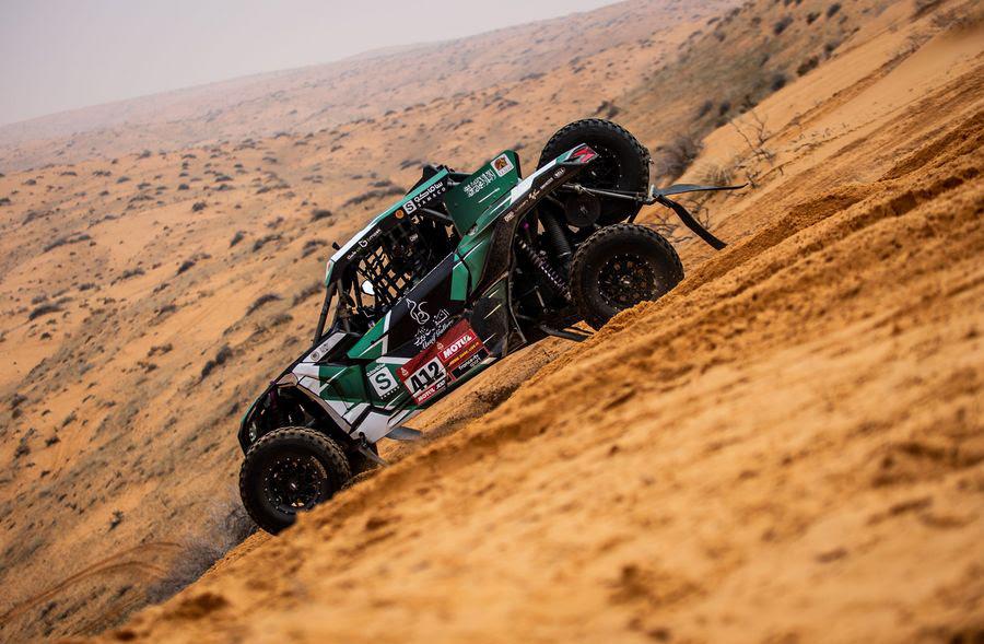 El alumno del UCAV Racing Oriol Vidal roza el pódium en la octava etapa del Dakar