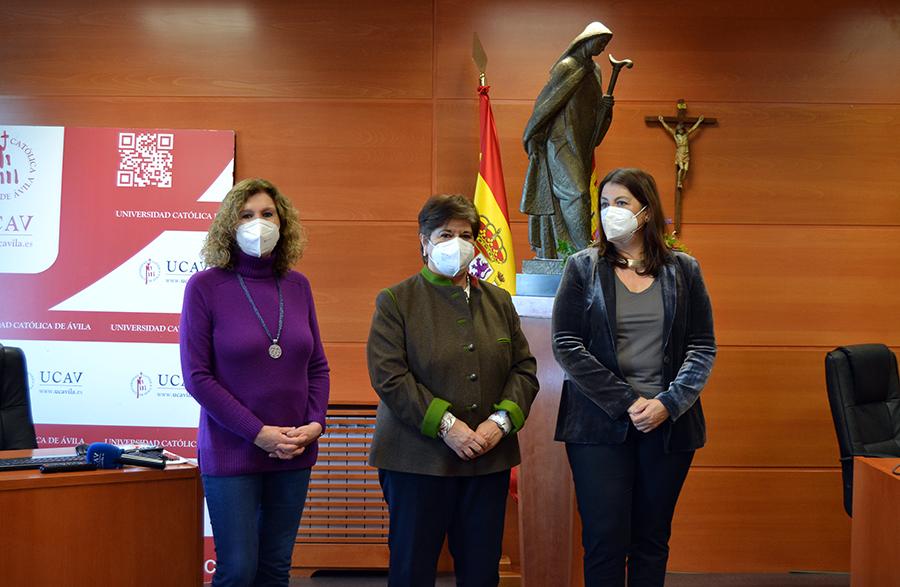 El Colegio Oficial de Farmacéuticos de Ávila colabora con la UCAV para la implantación del Grado en Farmacia