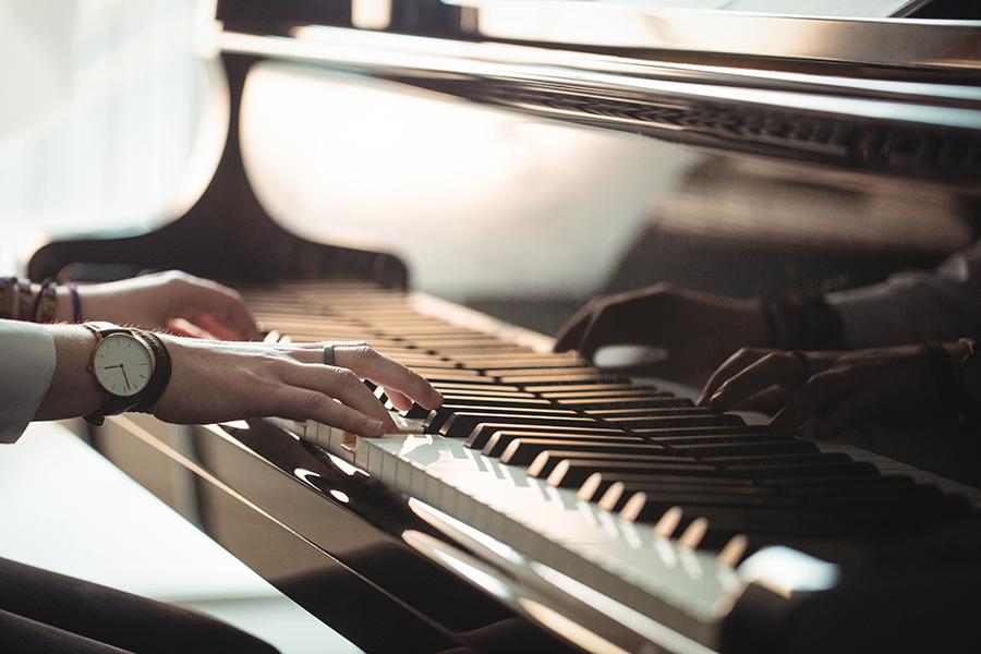 """Elena Morales, alumna de la UCAV: """"La música es fundamental en la educación porque influye desde edades tempranas en diferentes áreas del desarrollo"""""""