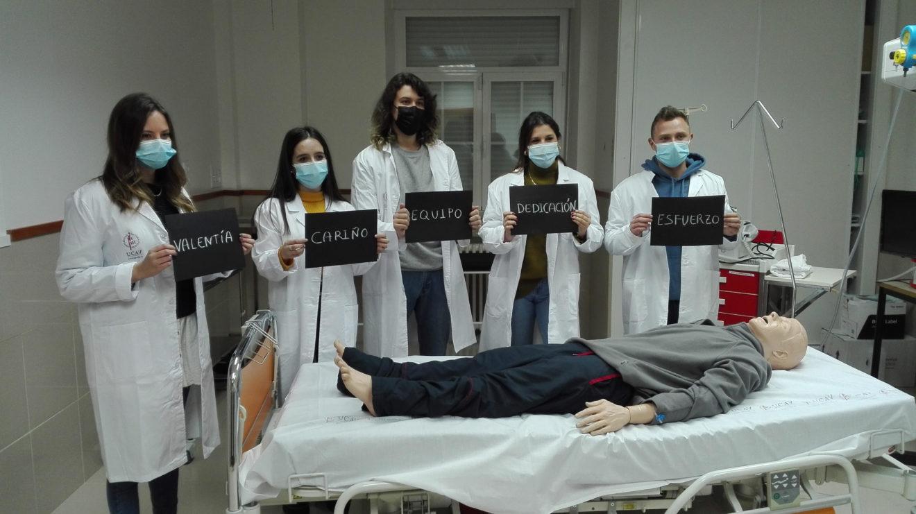 Los alumnos de Enfermería de la UCAV graban un corto para los Premios Hygeia