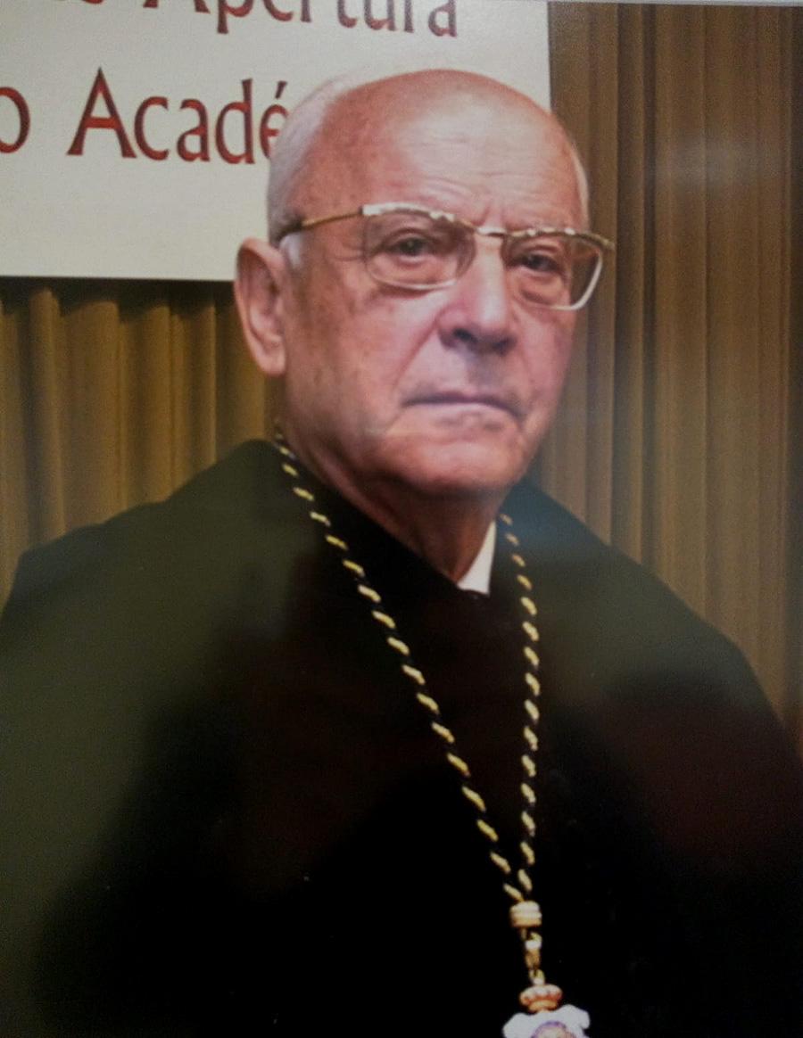 La UCAV lamenta el triste fallecimiento de su antiguo rector Juan José Sanz Jarque