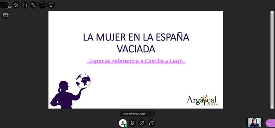 El papel de la mujer y el liderazgo femenino centran el tercer día de la Semana de la Economía Social de la UCAV
