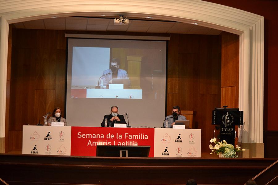 """La UCAV inaugura la Semana de la Familia """"Amoris Laetitia"""""""