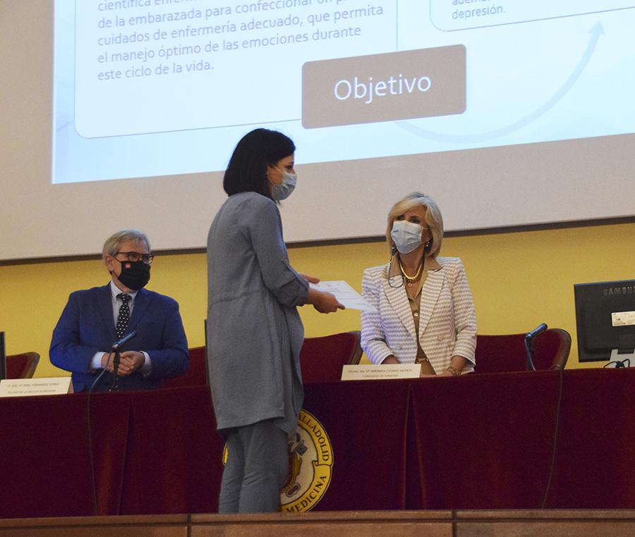 La profesora de la UCAV Pilar López recibe el Premio de Investigación Biomédica